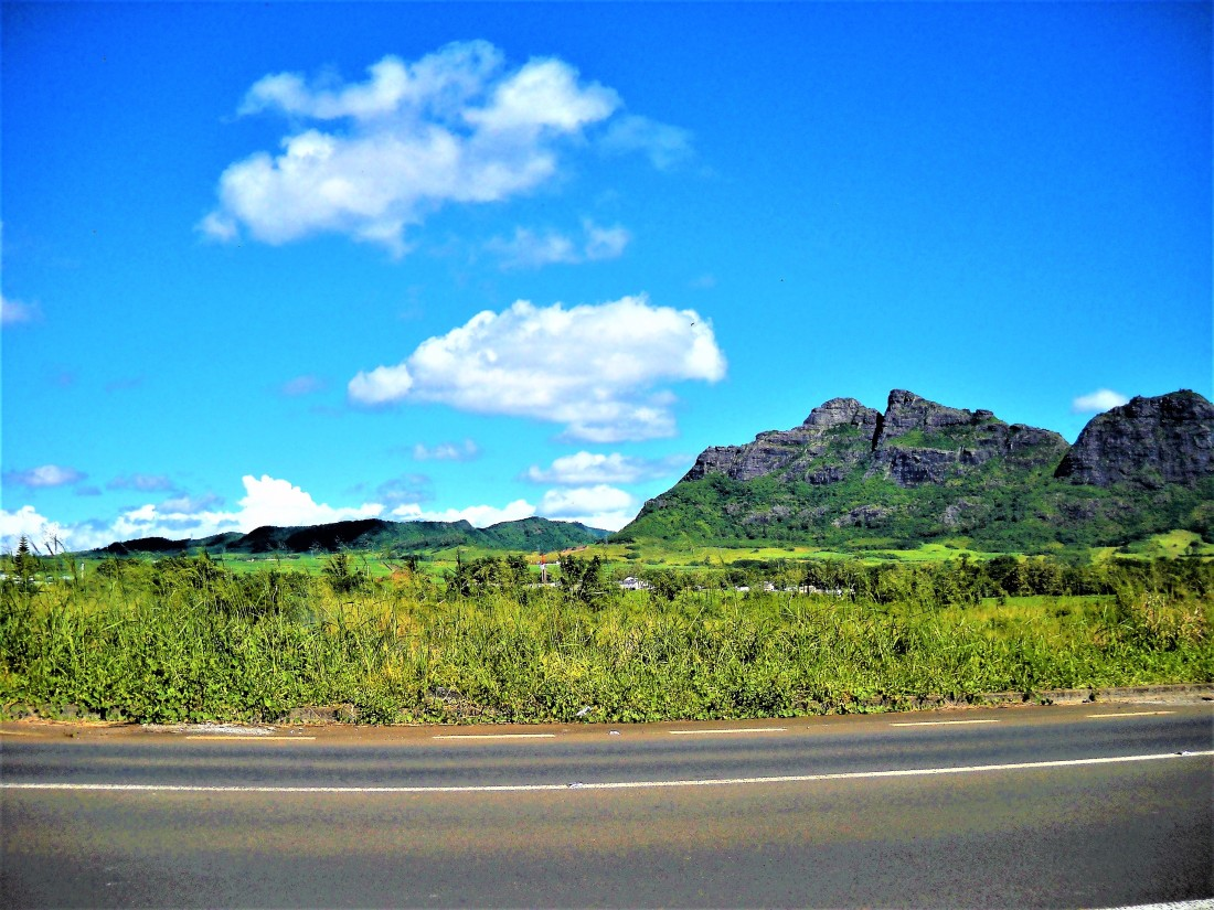Photo by sharvina.y (my own). Road safety is everyone's business! (1), Tips from Sharvi. Mountain view 1 Phoenix - Beau Songes Link Road, Mauritius.